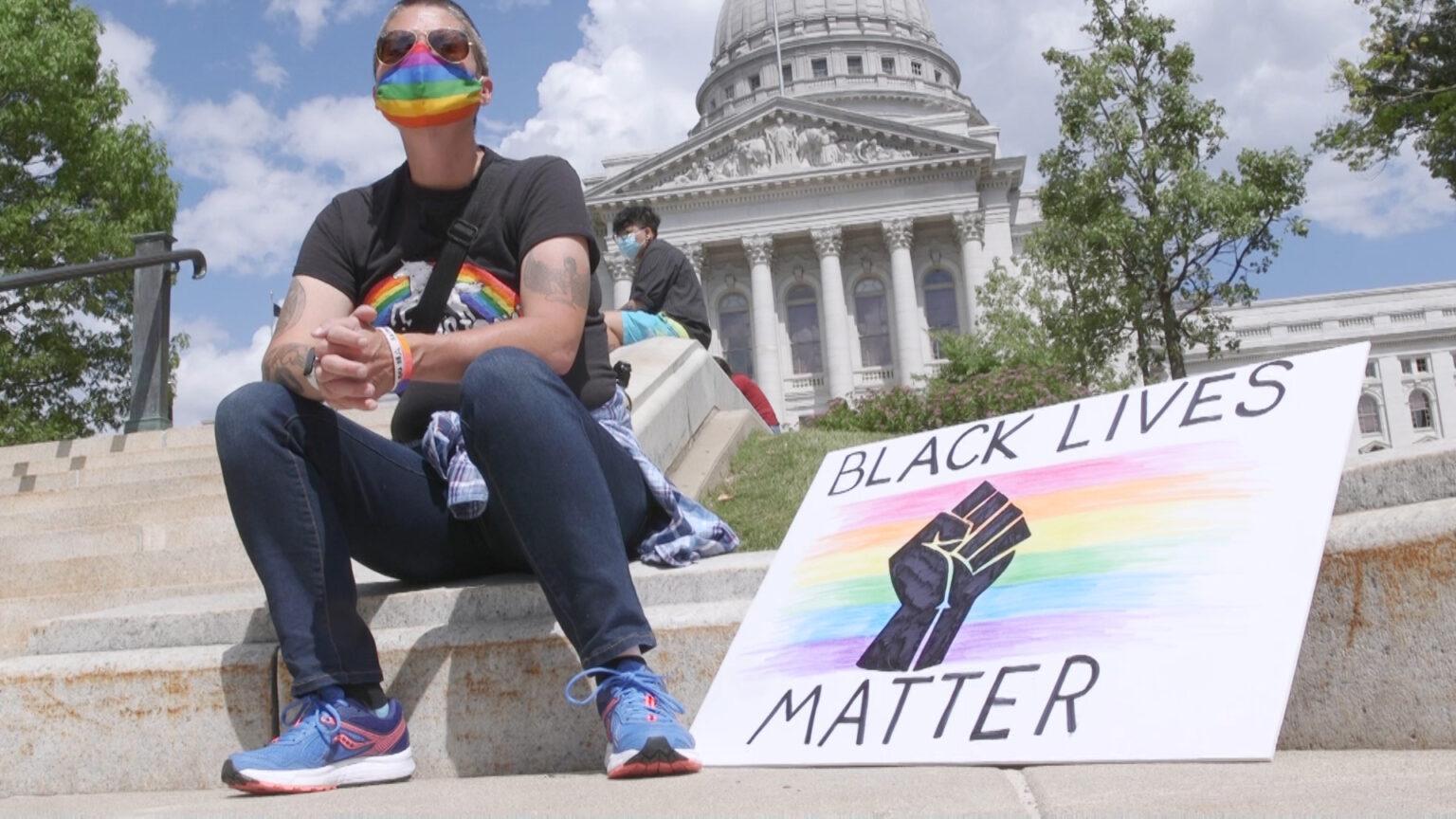 Pride/BLM rallier