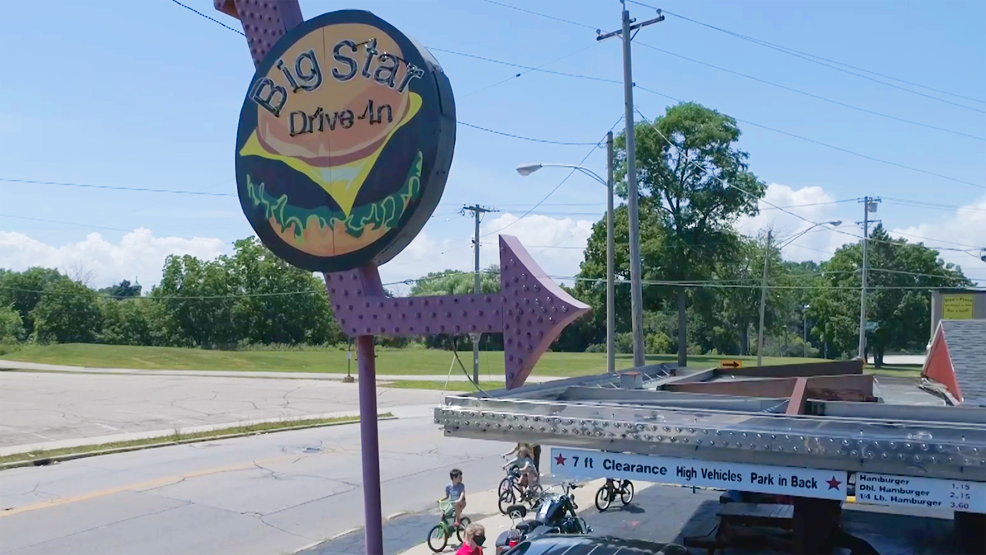 Wisconsin Foodie - Kenosha Drive-ins and The Diplomat