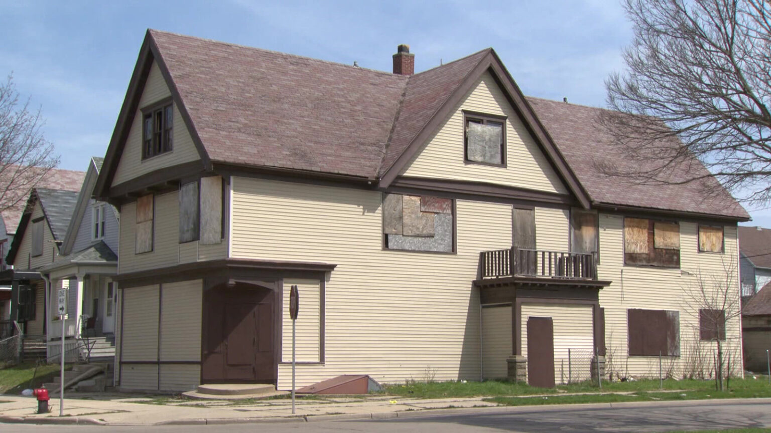 House in Milwaukee with boarded windows
