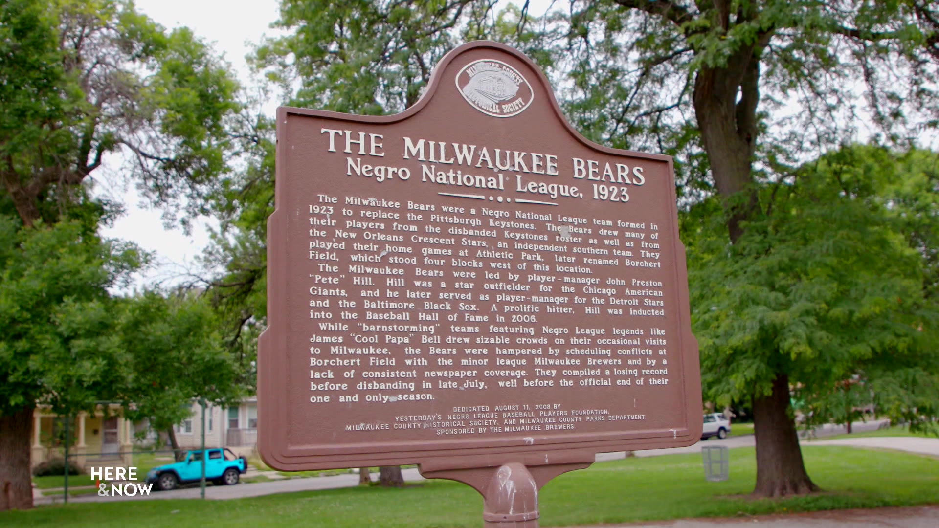 Historical marker commemorating the Milwaukee Bears in the Negro National League in 1923